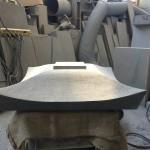 灯篭の笠石の形造り