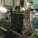 和型八寸角石塔の中台の切削