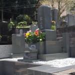 熱海市の寺院墓地に、九寸角石塔を建立いたしました。
