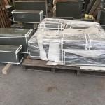 九寸角石塔、外柵を納品する為の梱包作業