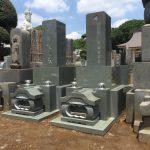 練馬区の寺院墓地に本小松石製八寸角石塔を2基建立しました。